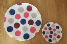 Love-Shakes-BUBBLE GUM-gebakschaak-6-bordjes-plates-stippen-blauw-roze-grijs